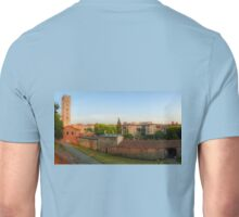 Passeggiata delle Mura Lucca summer evening Unisex T-Shirt