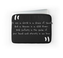 William Blake - to see the world Laptop Sleeve