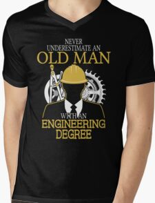 Never Underestimate An Old Man Withan Engineering Degree Mens V-Neck T-Shirt