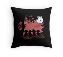 Dragon Ball - Gokū & Monkeys Throw Pillow