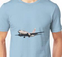 Boeing 737 landing in Lyon Unisex T-Shirt