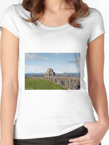 Vista House at Crown Point Women's Fitted Scoop T-Shirt