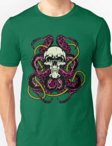 Octopus getting low T-Shirt