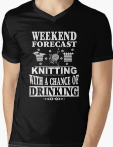 Weekend Forecast Knitting With A Chance Of Drinking Mens V-Neck T-Shirt