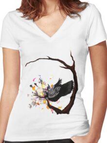 Sitting Raven Women's Fitted V-Neck T-Shirt