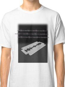 Razor blade Classic T-Shirt