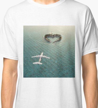 lOVE fLIGHT Classic T-Shirt