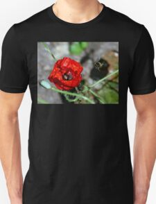The Bumble & The Poppy - NZ Unisex T-Shirt