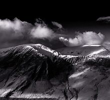 Hindscarth and Robinson, Cumbria by JMChown