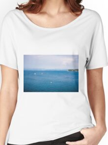 simple seaview Women's Relaxed Fit T-Shirt