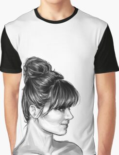 Elegant Profile Graphic T-Shirt