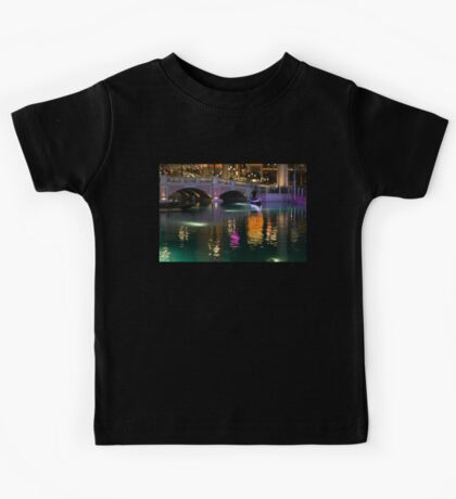Razzle Dazzle - Colorful Neon Lights Up Canals and Gondolas at the Venetian Las Vegas Kids Tee