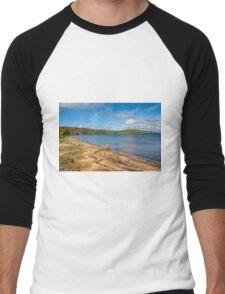 Munising On Lake Superior Men's Baseball ¾ T-Shirt
