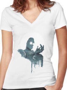 Iron Giant Women's Fitted V-Neck T-Shirt