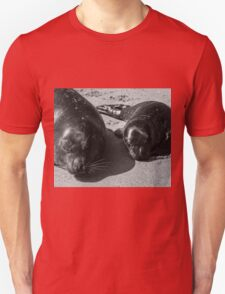 ♥Mum and Pup♥ Unisex T-Shirt
