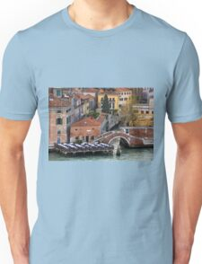 Ristorante Lineadombra Unisex T-Shirt