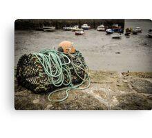 crab basket Canvas Print