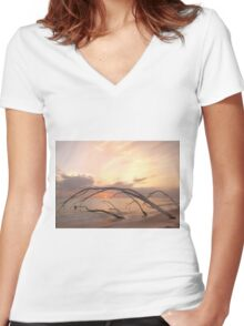Framing in trees Women's Fitted V-Neck T-Shirt
