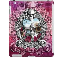 In the mirror iPad Case/Skin