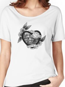 mortica & gomez Women's Relaxed Fit T-Shirt