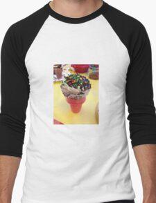 Cute cupcake microphone frosted dessert Men's Baseball ¾ T-Shirt