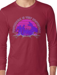 Kung Fury - Teamwork is Very Important! Long Sleeve T-Shirt