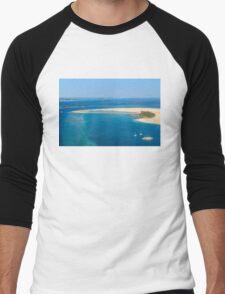 Isolated dream resort in the Maldives, Laccadivian Sea Men's Baseball ¾ T-Shirt