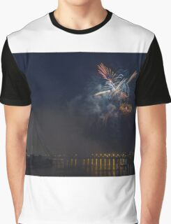 Fireworks at night in summer Graphic T-Shirt