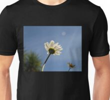 DAISY TURNED TO THE SUN Unisex T-Shirt
