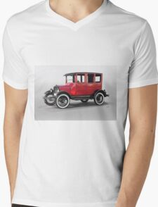 1927 Ford Model T Four Door Sedan  Mens V-Neck T-Shirt