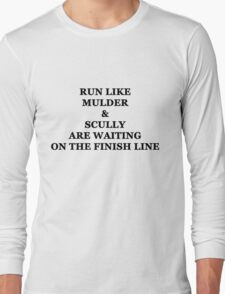 Run Like Mulder and Scully Long Sleeve T-Shirt