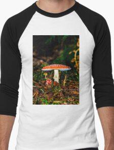 Big mushroom little mushroom Men's Baseball ¾ T-Shirt