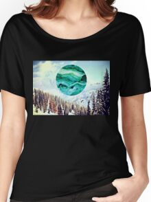 SNOWY MORNING Women's Relaxed Fit T-Shirt