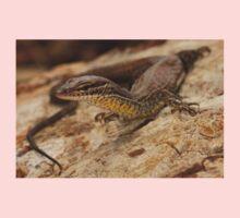 Black-spotted Ridge-tailed Monitor Kids Tee