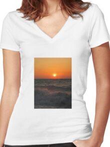 Sunset Waves Women's Fitted V-Neck T-Shirt
