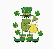 St. Paddys Frog With Mug of Beer Unisex T-Shirt