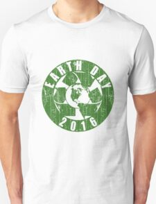 Vintage Earth Day Recycle 2016 Unisex T-Shirt