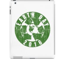 Vintage Earth Day Recycle 2016 iPad Case/Skin