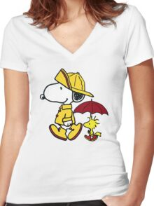 Snoopy Fun Women's Fitted V-Neck T-Shirt