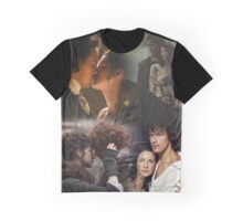 Outlander collage/Jamie and Claire Graphic T-Shirt