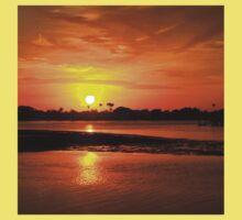 Bright gold sunset Kids Tee