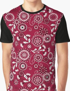 Seamless retro texture with flowers on a red background Graphic T-Shirt