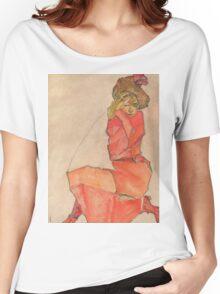 Egon Schiele - Kneeling Female in Orange-Red Dress 1910 Woman Portrait Women's Relaxed Fit T-Shirt