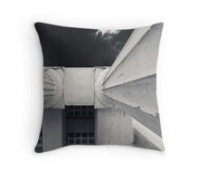 feel the city II Throw Pillow