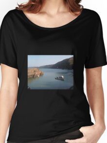 FISHING BOAT IN CLOVELLY HARBOUR DEVON Women's Relaxed Fit T-Shirt