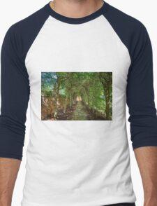A Covered Walkway Men's Baseball ¾ T-Shirt
