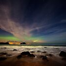 Seacliff Beach Aurora by Roddy Atkinson