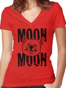 Moon Moon Wolf Women's Fitted V-Neck T-Shirt