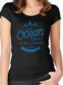 The Ocean is Calling Women's Fitted Scoop T-Shirt