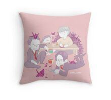 Dojima Family Bonding Time Throw Pillow